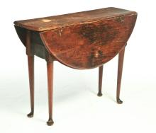 AMERICAN QUEEN ANNE DROP LEAF TABLE.