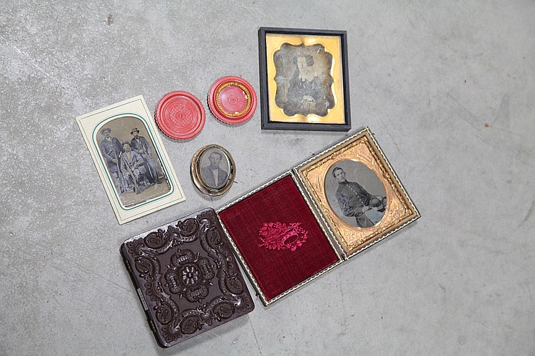 SIX PIECES: IMAGES, BROOCH AND CASES.