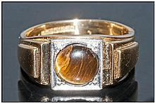 Gents 18ct Gold Signet Ring Set With A Tigers Eye