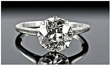 18 Carat White Gold Set, Fine Single Stone Diamond