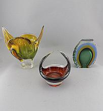 Three Pieces of Murano Style Glass comprising Futuristic Vase 5 inches high