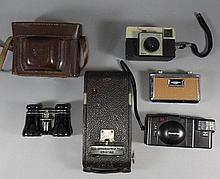 Assorted Cameras including Kodak Brownie, Kodak Instamatic, Ilford Sporti,