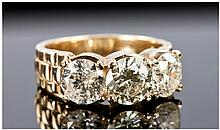 18ct Gold 3 Stone Diamond Ring Set With Round
