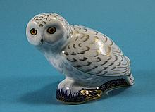 Royal Crown Derby Paperweight ' Long Tail Tit ' Gold Button. Date 2006. Com