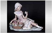 Lladro Figure ' Admiration ' Model Num.4907. Issued 1974-1985. Height 6.5 I