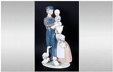 Lladro - Tall and Impressive Figure ' Dutch Children ' Mint Condition. Stan