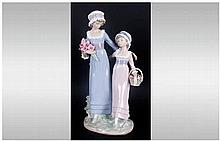 Lladro Figure ' Daughters ' Model Num.5013. Issued 1978-1991. Height 12.5 I
