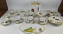 Royal Worcester 34 Piece Part Coffee and Dinner Se