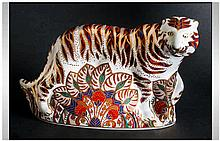 Royal Crown Derby Large Paperweight ' Bengal Tiger ' Gold Stopper. Date 199