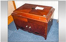 Mahogany Floor Standing Gramophone, hinged domed t