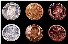Retro Pattern Collection coins boxed showing George V 1911 on one face and