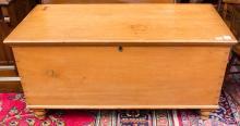 Pine blanket box 50