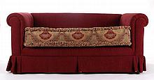 A Contemporary Upholstered Settee, 20th Century.