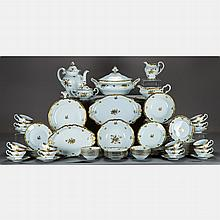 A Weimar Porzellan Porcelain Dinner Service for Twelve in the Katharina 17010 Pattern, 20th Century,