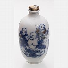 A Chinese Porcelain Snuff Bottle, Yongzheng (1723-1735), Qing Dynasty.