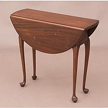 A Queen Anne Style Mahogany Drop Leaf Side Table, 20th Century.