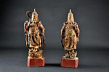 Pair of Chinese Carved Wooden Figures Size : 16