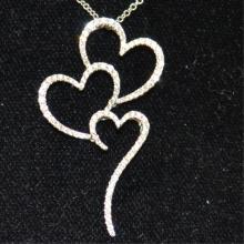 18kwg 3 heart Diamond Necklace