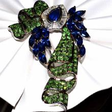 18kwg Diamond, Sapphire & Dimantoid Garnet Brooch