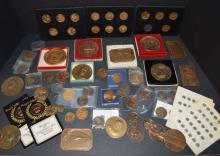 Large lot of commemorative medals