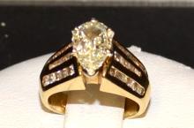 14kyg Pear Shaped Diamond Ring 1.30ct