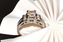 18kwg Princess Diamond Ring 2ctw