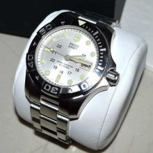 Man's Swiss Army Divemaster 500 Watch