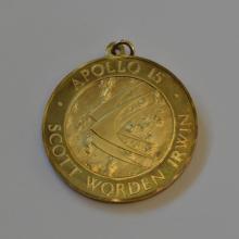 18kt gold Apollo 15 medal