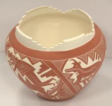 Dalawepi Ergil Vallo Aloma Hopi tribe Native American pottery vase