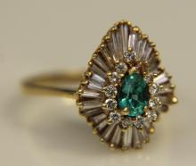 14KT YG Antique Dia + Emerald Ring