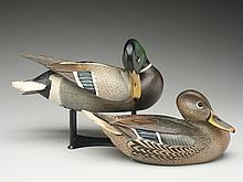 Exceptional pair of decorative mallards, Ward Brothers, Crisfield, Maryland.