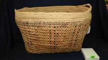 nice vintage large Native American cedar basket, Makah tribe, cond G, missing handle
