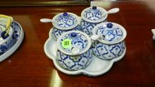 small Asian porcelain blue and white serving jam pots with spoons, cond VG