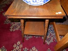 Nice antique American oak small parlor table. Special shipping required