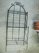Small Metal Bakers Style Rack. 59