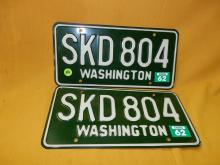 Vintage pair of WA auto license plates 1962