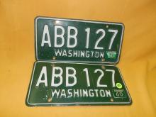 Vintage pair of WA auto license plate 1960