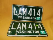 Vintage pair of WA auto license plate 1962