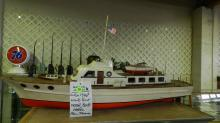 Wonderful vintage 1940's handmade wooden painted motor boat model, from Tacoma with nice detail. Special shipping required(*cannot ship in house*)