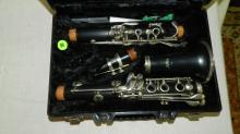 8) Vintage Artley clarinet in case