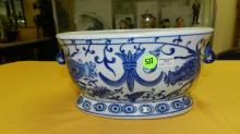 Nice Asian style porcelain blue and white bowl
