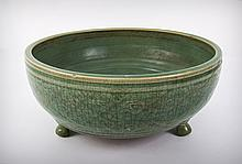 A Provincial Chinese Chekiang Ming Dynasty Celadon Ceramic Bulb Bowl on Tripod Feet, 16 Century