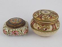 A ceramic pot, the lid with mirror, 6x6cm, and a
