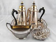 Silver plate. A pair of cafe au lait pots, a