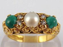 A 9 carat gold paste and cultured pearl ring, size L, 3.5 gms.