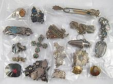 A mixed lot including a silver plated bear (3.5cm) a plated perfume bottle