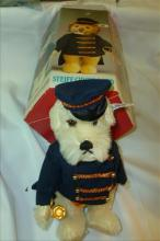 Steiff Bear in box-Dog Bandsman- #0121,19 with button