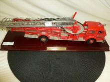 Franklin Mint classic 1954 American fire truck