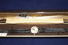 Watches: Ladies Avia 9ct. gold wristwatch with lea