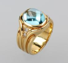 14 kt gold ring with aquamarine and brilliants
